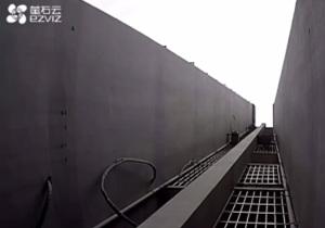 辣眼睛!杭州小区一包异物从天而降,结果令人大跌眼镜!